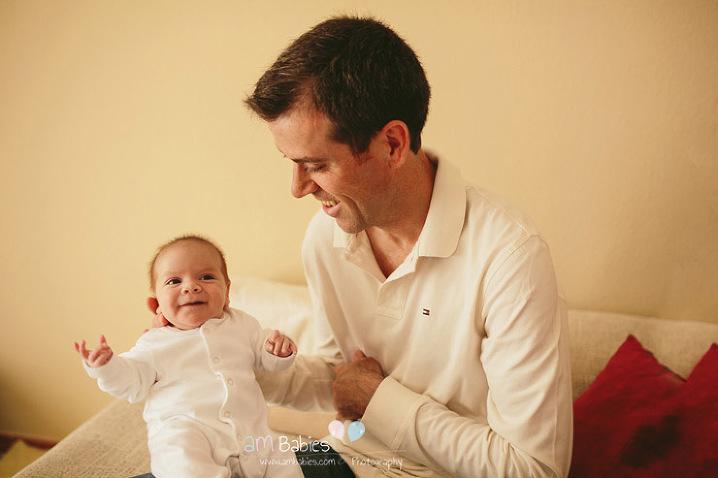 Fotografía de bebés mellizos Recién Nacido Lifestyle en Madrid. Lifestyle twin babies photogrpahy in Madrid.